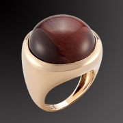 Ring in pink gold K-18 with semiprecious stone